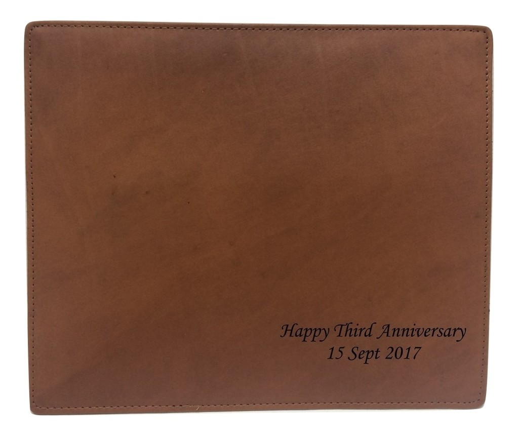 THIRD ANNIVERSARY LEATHER MOUSE MAT