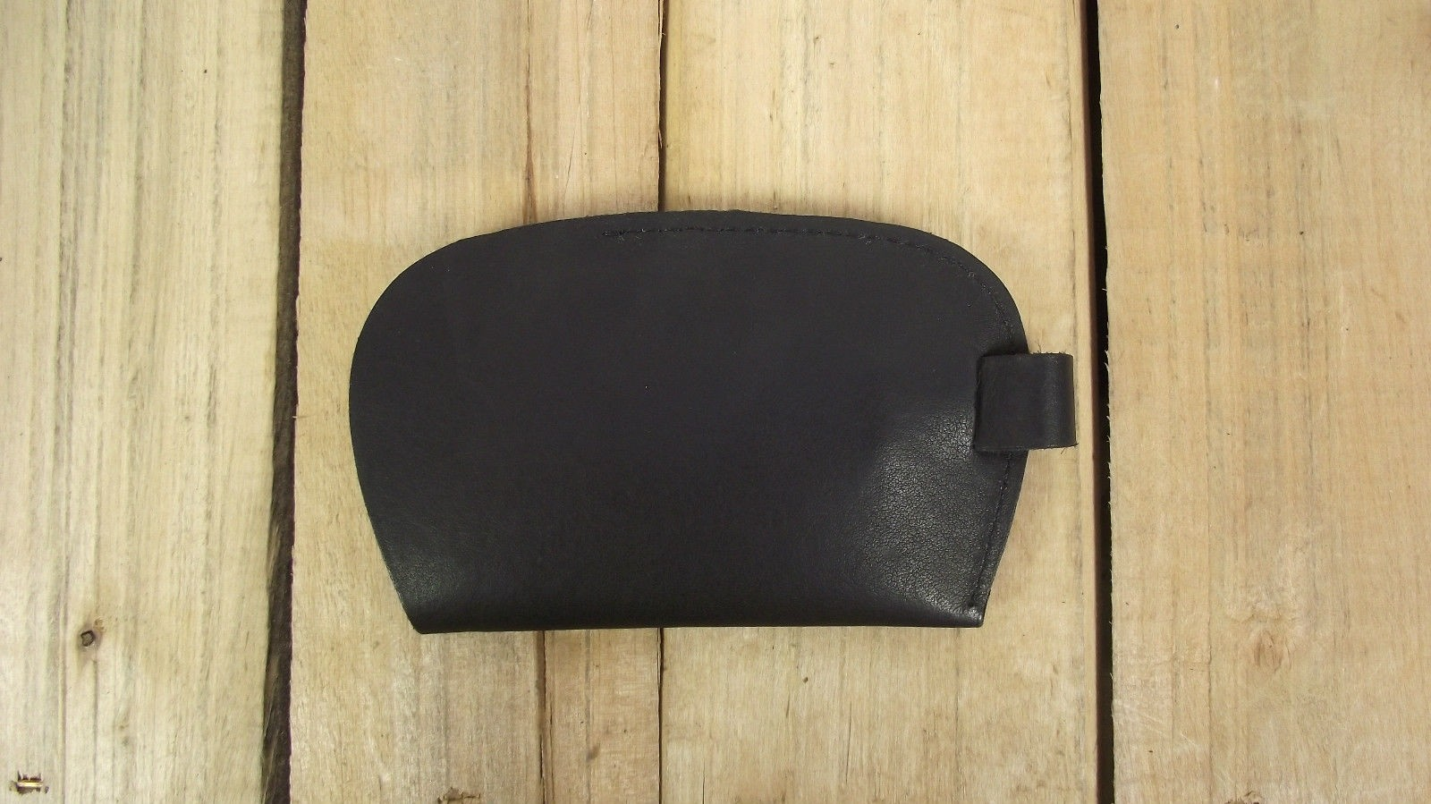 BLACK LEATHER KEY HOLDER, PERSONALISE WITH YOUR TELEPHONE NUMBER (IF LOST)