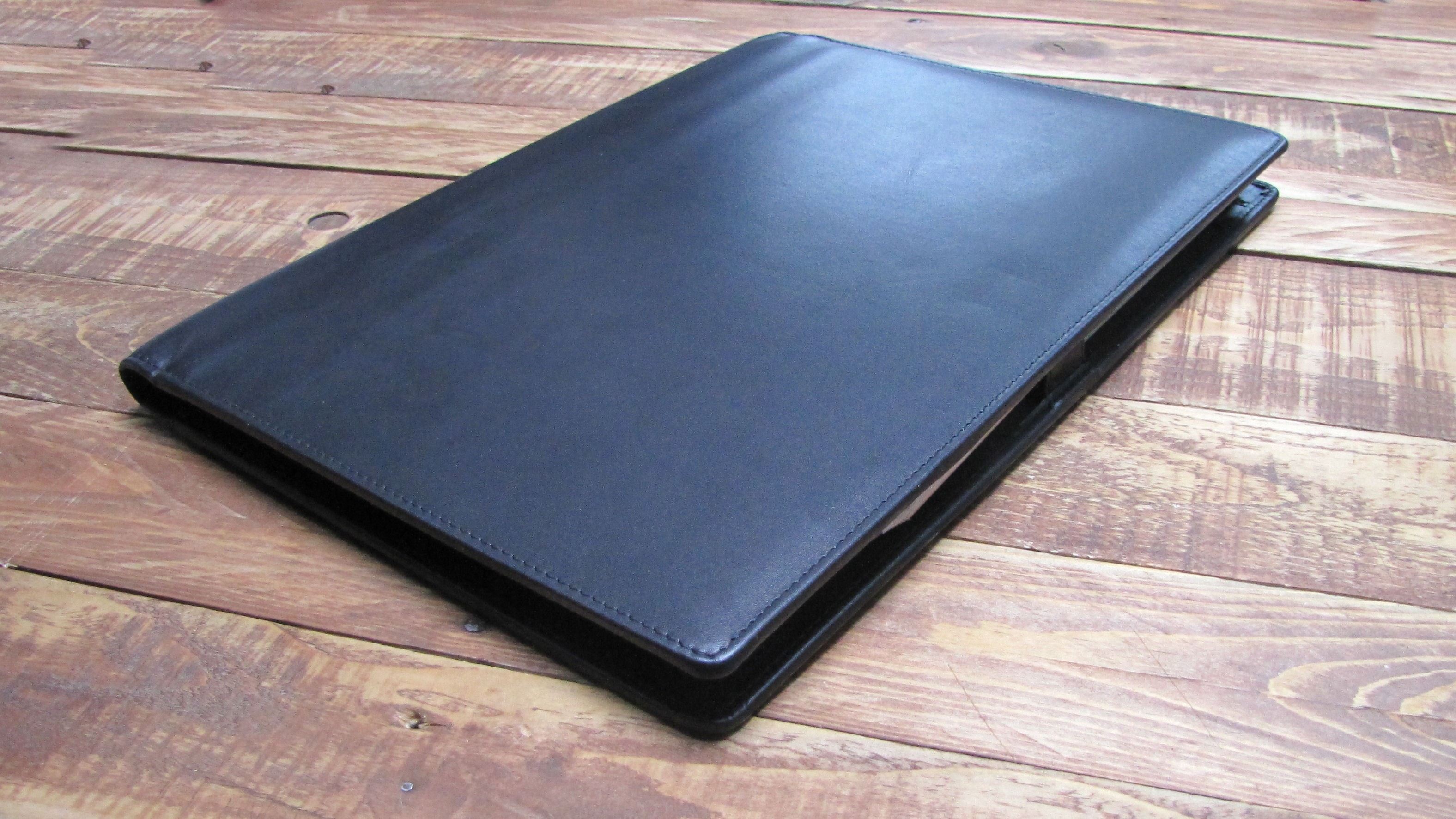 A4 BLACK LEATHER FOLDER FOLD CLOSE FOLDER